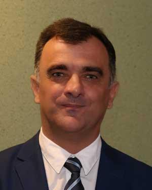 Душко Петровић