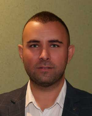 Бојан Шоралов